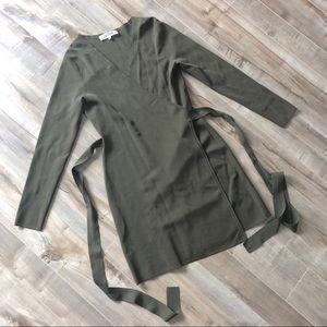 Diane Von Furstenburg long sleeve knit wrap dress